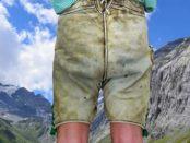 alte Lederhose mit Flecken